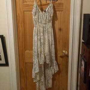 Dress with rose pattern